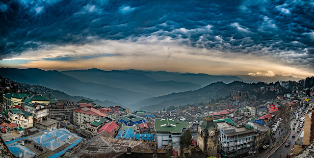 Darjeeling, Kalimpong open for tourists, Sikkim to follow suit in October