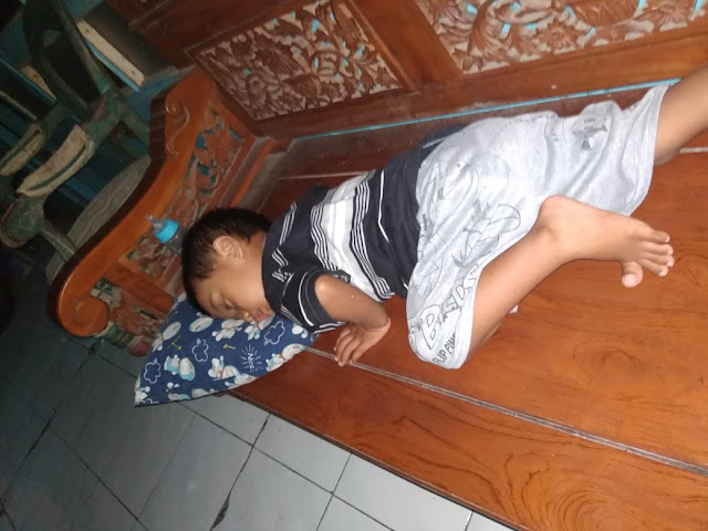 wake up prayer moslem