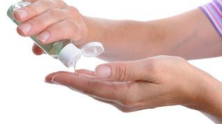 """الوقاية من كورونا.. طريقة صنع معقم اليدين فى المنزل """"لو غالى فى الصيدلية"""""""