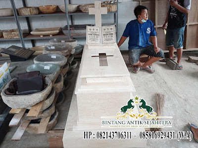 Contoh Makam Batu Marmer