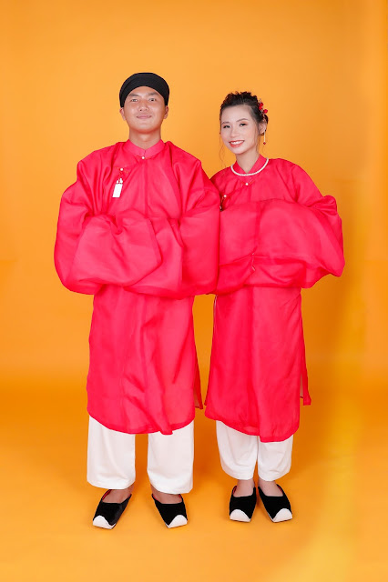Chú rể Đình Tân - cô dâu trong bộ việt phục