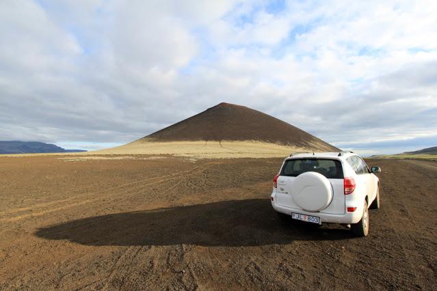 Vulcano-Islanda on the road