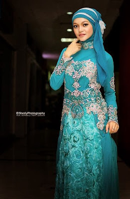 Desain Kebaya Dress Brokat Muslimah Modern Terbaru