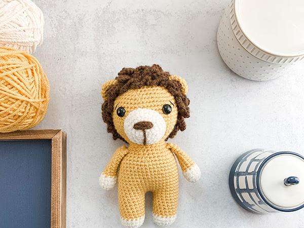 Free Mini Crochet Lion Pattern