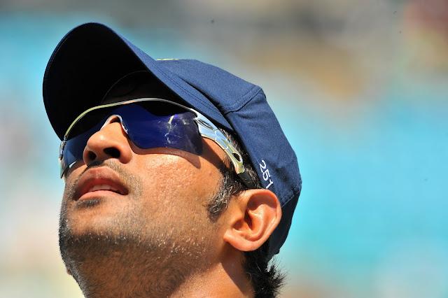 Indian Cricketer MS Dhoni Singh HD Desktop