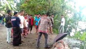 Disambar Petir, Seorang Lelaki Meninggal Dunia, Warganet: Korban Adalah Guru di Pulau Temiang