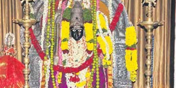 valluramma temple