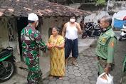 TNI - Polri Bantu Sembako dan Nasi Kotak ke masyarakat ditengah Pandemi Covid 19