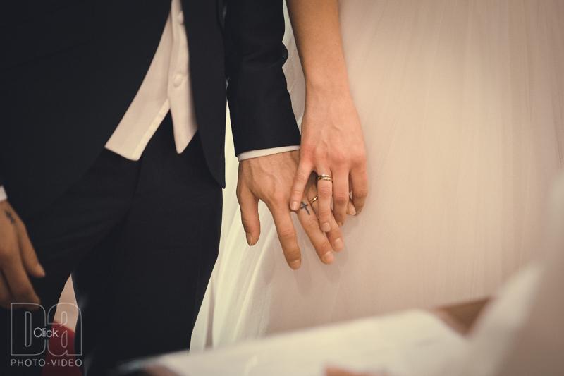 manos anillos
