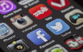 सोशल मीडिया मैनेजर कैसे बनें ? ( Social Media Manager Kaise Bane ?) हिंदी में