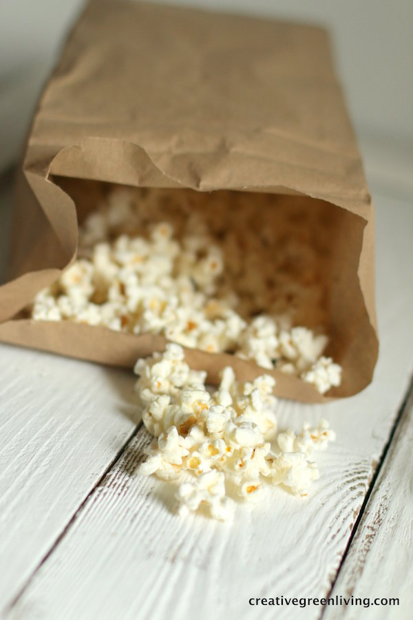 How to make popcorn at home in the microwave