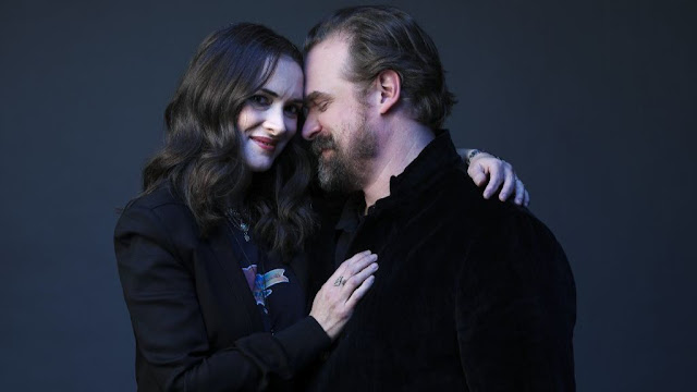 Winona Ryder y David Harbour