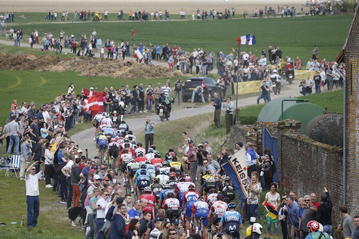 ecd9dcf87 A lista dos ciclistas que participam da edição de 2019 Paris-Roubaix no  domingo