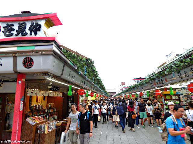 Nakamise-dori en Sensoji Temple, Tokio