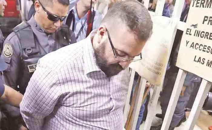 """""""Javidu"""", Javier Duarte el Ex-Gobernador de Veracruz dijo que ya no tiene dinero para pagar a su Abogado, Mmm..."""