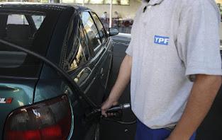 Los combustibles suben por primera vez en 2020