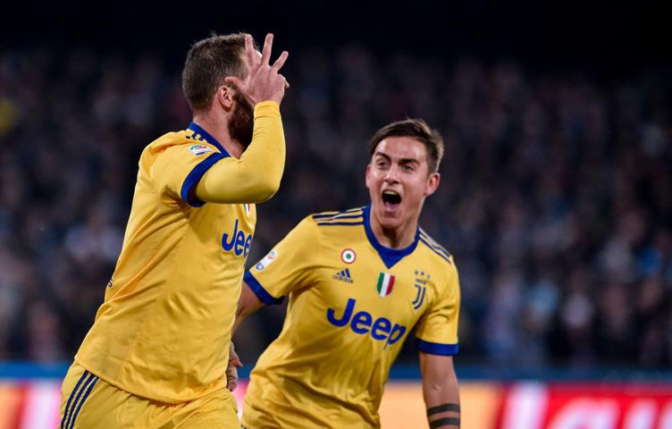 """Higuain: """"Moje slavlje je bilo namijenjeno klupi Juventusa"""""""