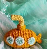 http://blog.bichus.es/2014/09/patron-amigurumi-submarino-amarillo.html
