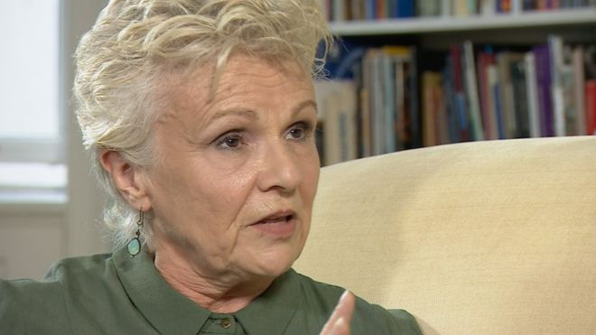 Julie Walters 'a Hollywood freak' for not having plastic surgery