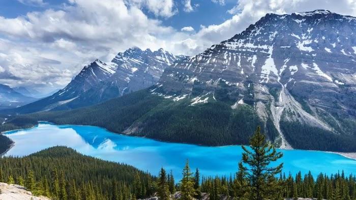What is unique about Banff National Park, Canada?