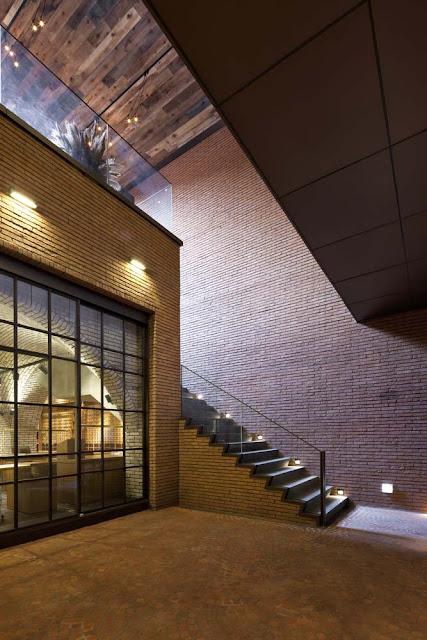 diseño interior con escaleras