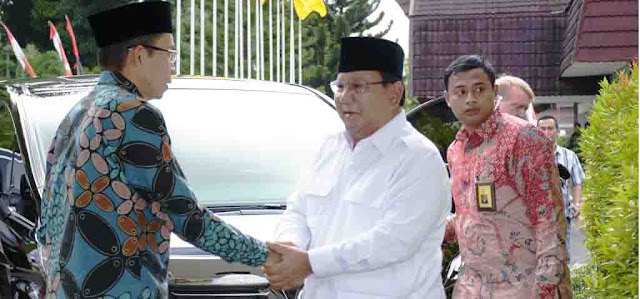 Cawapres Prabowo Harus dari Tokoh Islam
