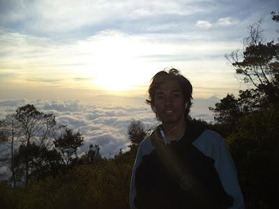solo hiking panderman