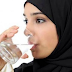 Kebaikan Minum Air Putih Bagun Tidur