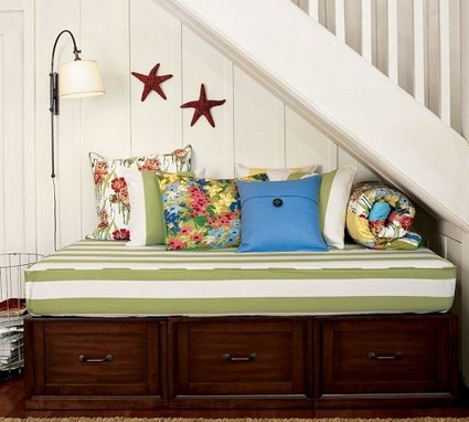 10 ideas to take advantage of the stairwell 9