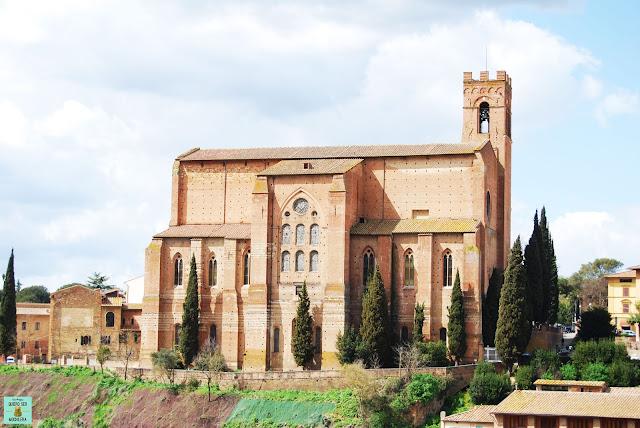 Basílica de Santo Domingo en Siena
