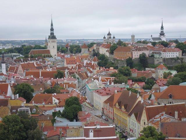Tallinn (@mibaulviajero)