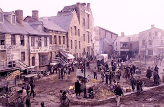 Gangs of New York was shot almost entirely on sets built by Dante Ferretti at Cinecittà