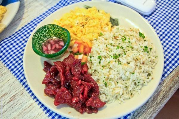 Elegant Breakfasts at Rustic Mornings by Isabelo