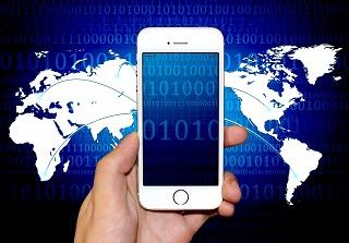 ロボアドバイザーTHEOの値上益重視ポートフォリオをバランス投信(世界経済IFや8資産)と比較