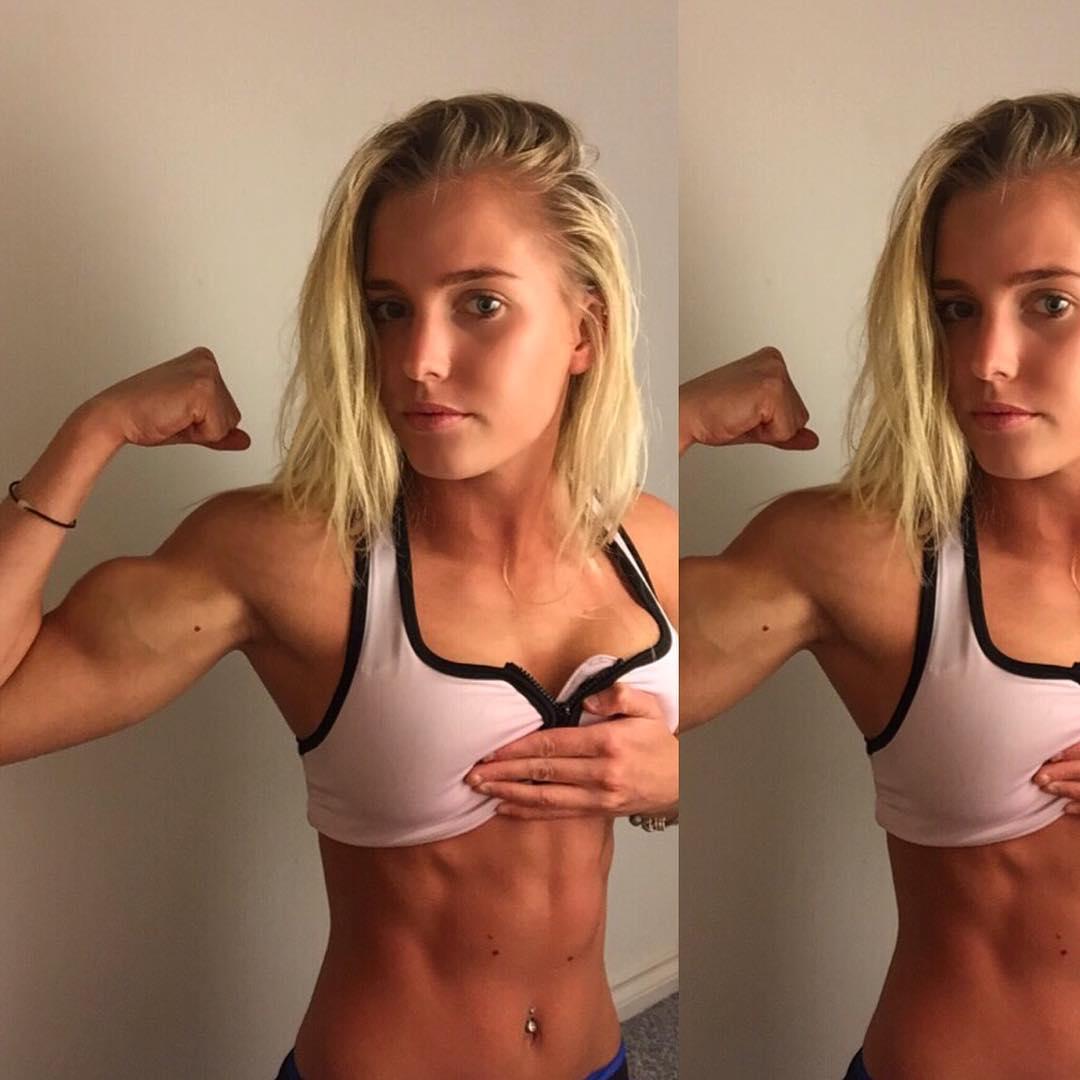 Sexy Female Abs Teen Titan Emma Hartley-9225