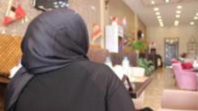 İŞİD-dən qaçan türkmən qadının DƏHŞƏT DOLU ANLARI: Qadınları ərlərinin yanında zorlayırdılar