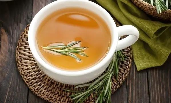 شاي الشمر وإكليل الجبل لمكافحة تقلصات الدورة الشهرية