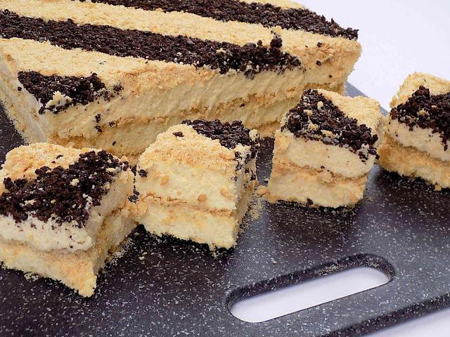 Ciasto sypane na herbatnikach - bez pieczenia