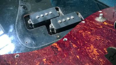 Luthier, conserto, reparo, manutenção, assistencia tecnica de instrumentos musicais.