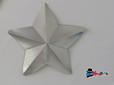 Stella con lattina tridimensionale