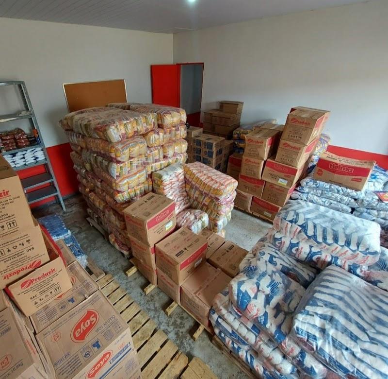 Igarapé Grande recebe grande quantidade de alimentos para a merenda escolar.