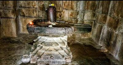 बत्तीस खम्भों वाला बत्तीसा मंदिर, बारसुर(छ. ग)