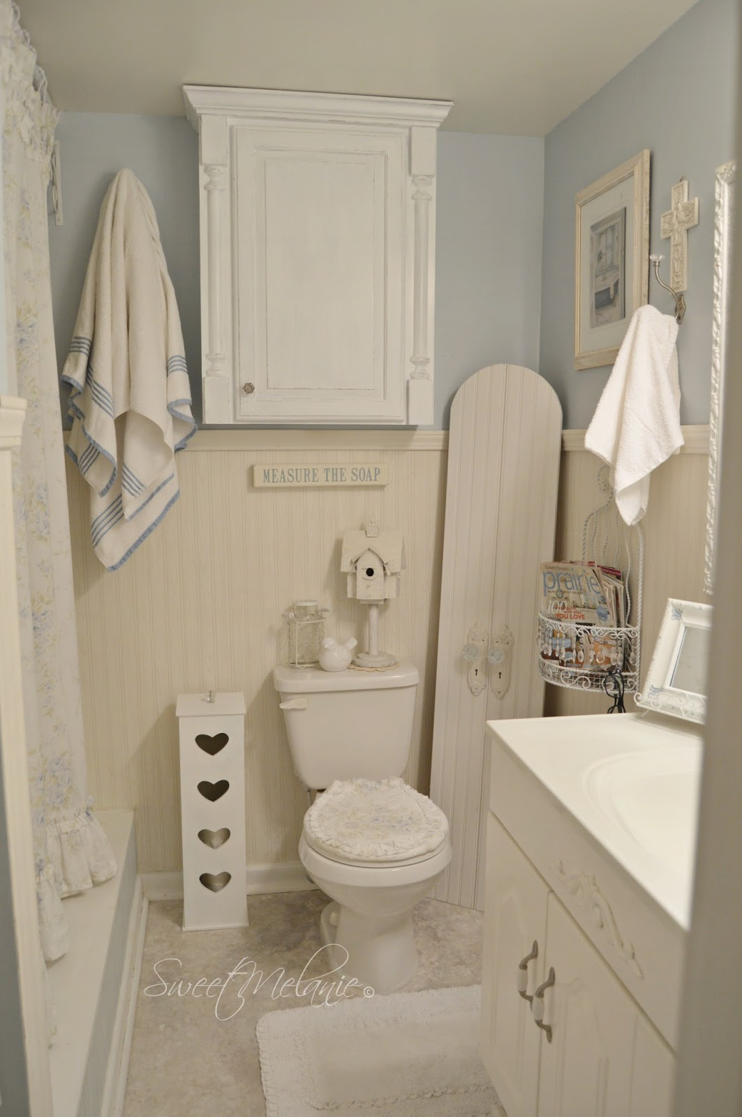 1000 images about shabby white on pinterest shabby for Bathroom photos of ladies
