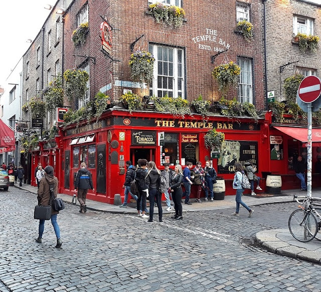 Temple_Bar Dublin Ireland