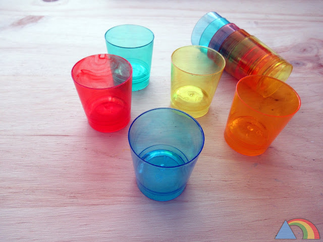 Vasos de chupito de colores translúcidos