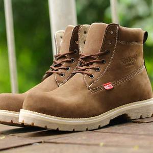 sepatu-bahan-Nubuck-Leather