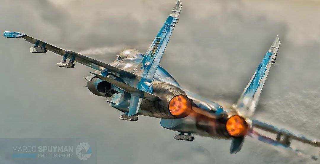 українській бойовий літак Су-27