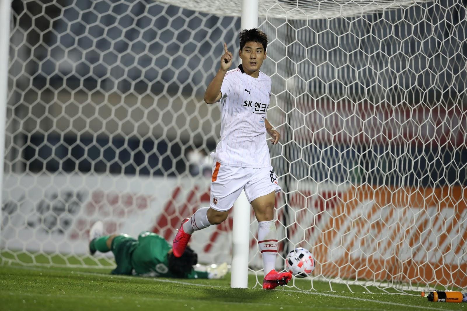 Joo Min-kyu scores against Bucheon. 05.26.20