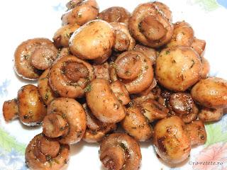 Garnitura de ciuperci sote reteta traditionala de casa romaneasca prajite la ceaun cu ulei unt usturoi vin condimente si plante aromatice retete culinare rapide mancare mancaruri garnituri champignon mod de preparare,