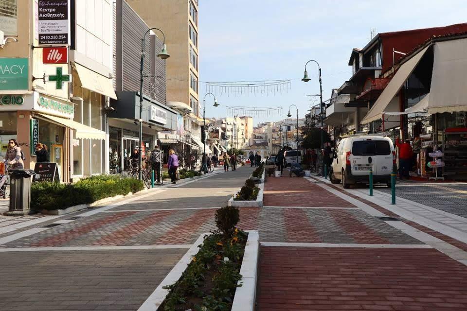 Κυκλοφοριακές ρυθμίσεις την Κυριακή στην οδό Βενιζέλου στη Λάρισα